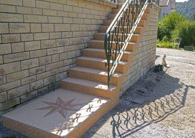 Escalier à Vaire-le-Petit