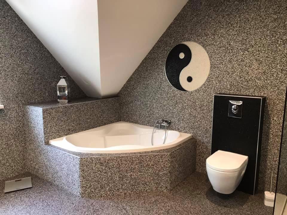 Les réalisations intérieures en revêtement en marbre et résine par Belaribi Résine