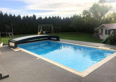 Plage de piscine au Puy