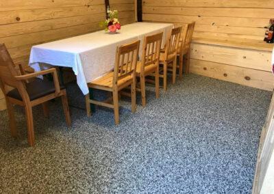 Salle à manger en marbre et résine